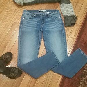 Levi's jeans euc size 9